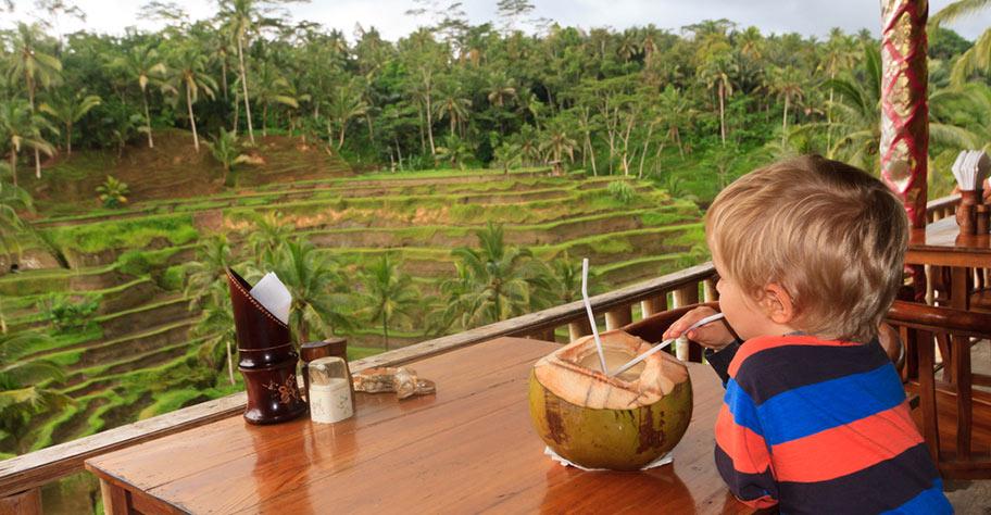 Familenferien in Bali Reisfelder