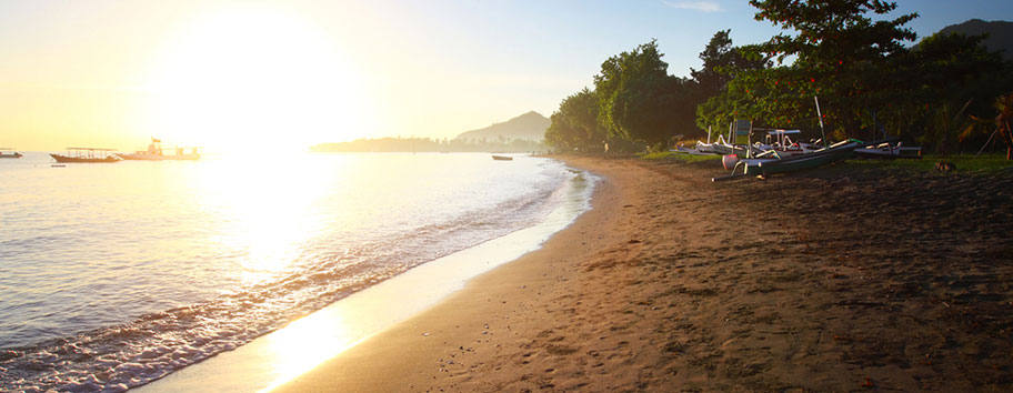 Pemuteran  Strand Bali Badeferien